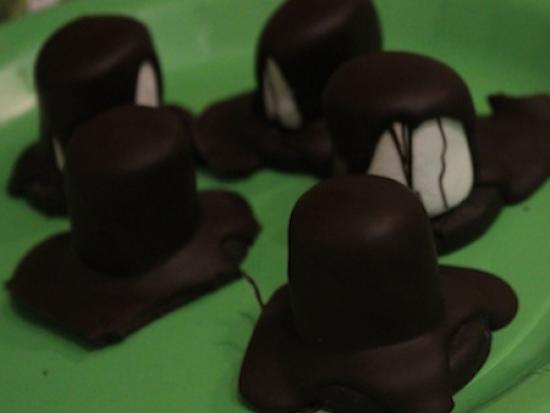 Chocolate Leprechaun Hats