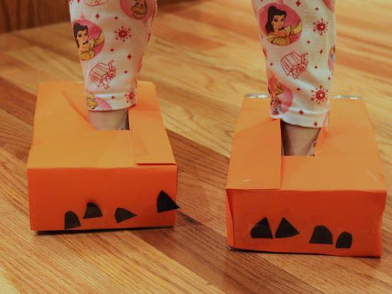 Tissue Box Paws