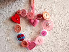 Button + Wire = Valentine Charms