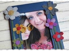 Denim Craft: Colorful Flower Frame