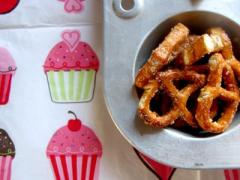 Make A Sweet Snack Mix