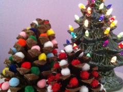 Pine Cone & Pom-Pom Christmas Trees