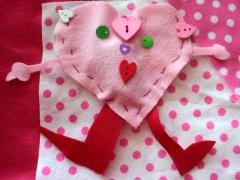 Felt Heart Pocket People