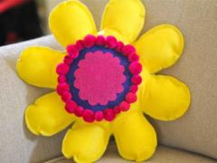 No Sew Flower Pillow