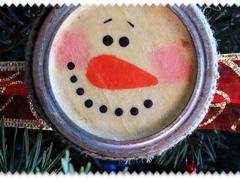 Antiqued Canning Lid Snowman