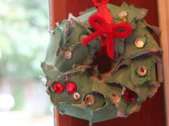 Egg Carton Mini Wreath