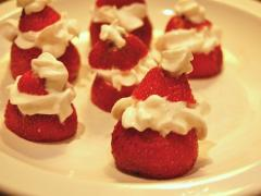 Simple Strawberry Santas