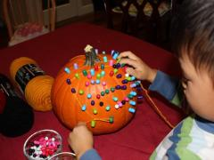 Pins and Yarn Pumpkins