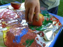 Apples & Paint