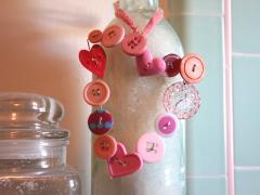 Button + Wire = Valentine Charms