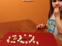 Mini-Marshmallow Snowman